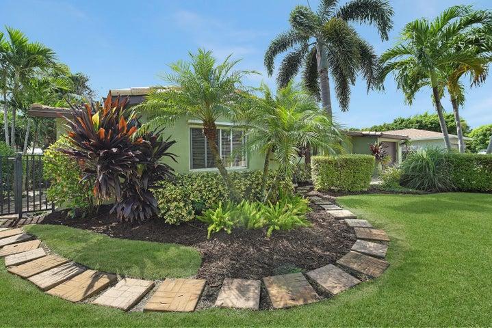 480 NE 25th Terrace, Boca Raton, FL 33431