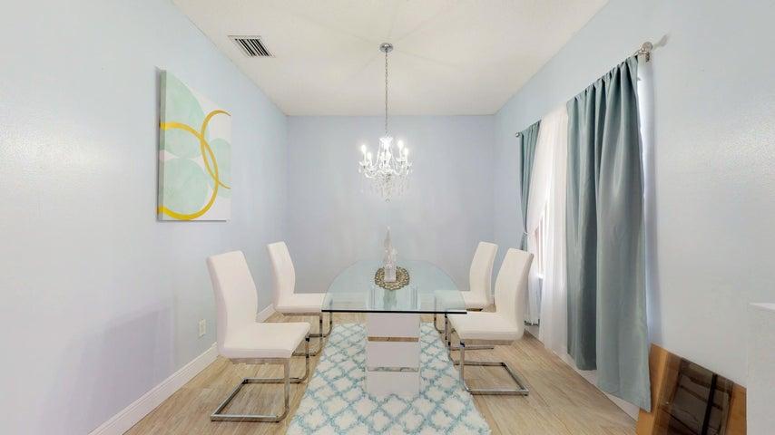 731 NW Treemont Avenue, Port Saint Lucie, FL 34983