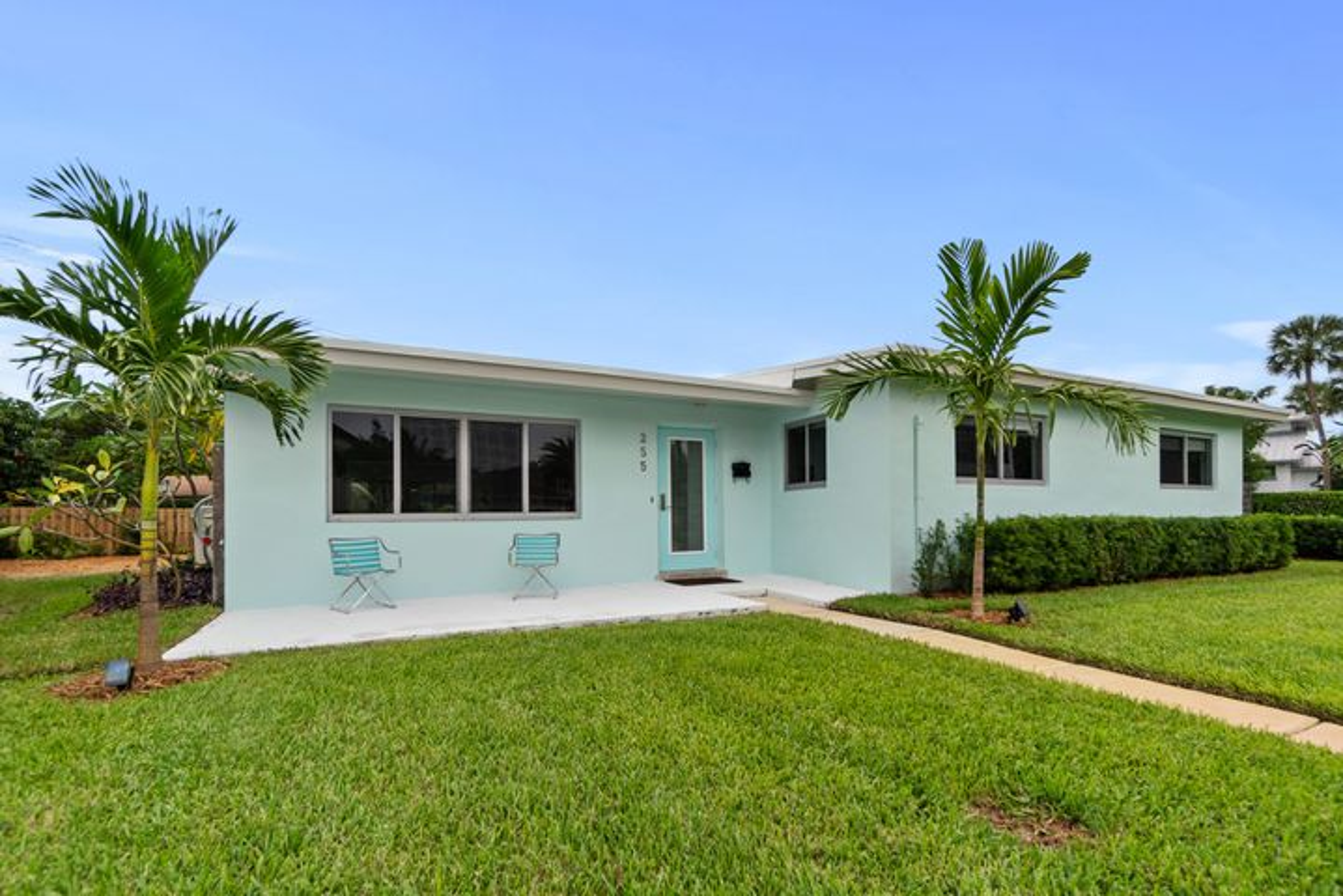 255 NE 6th Court, Boca Raton, FL 33432