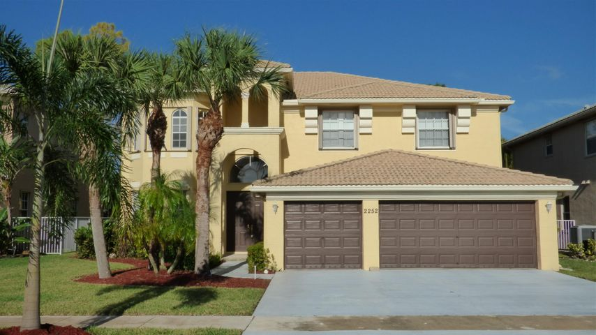2252 Ridgewood Court, Royal Palm Beach, FL 33411