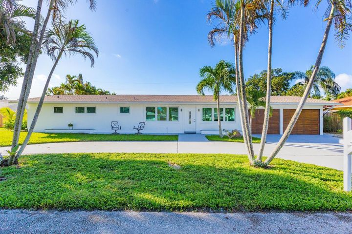 1856 Circle Drive, North Palm Beach, FL 33408