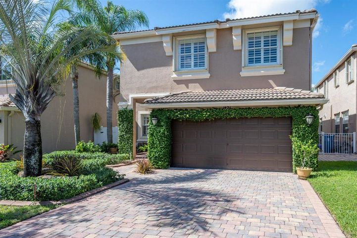 1451 Briar Oak Court, Royal Palm Beach, FL 33411
