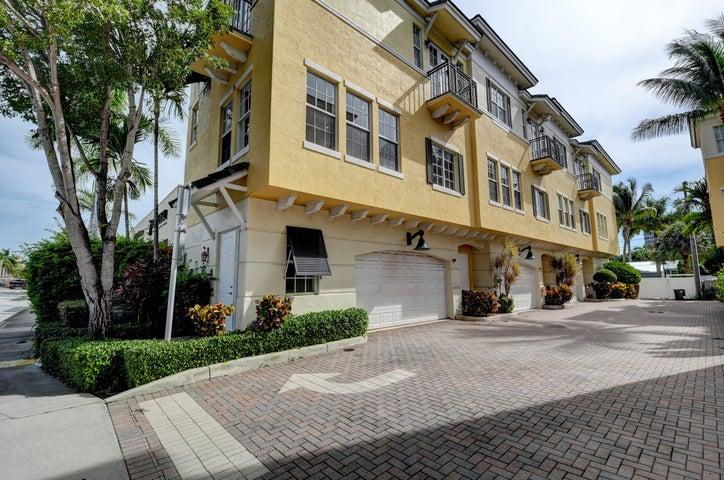 285 SE 6th Avenue, F, Delray Beach, FL 33483