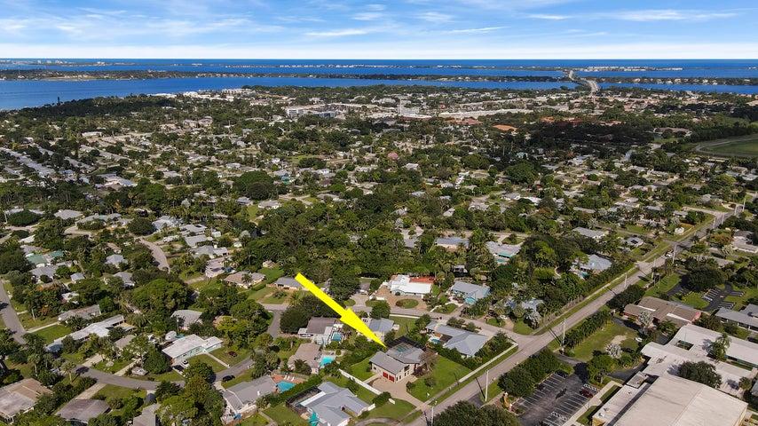 1149 SE 10th Street, Stuart, FL 34996