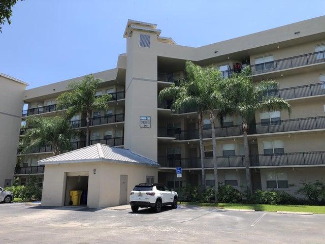 26 Royal Palm Way, 304, Boca Raton, FL 33432