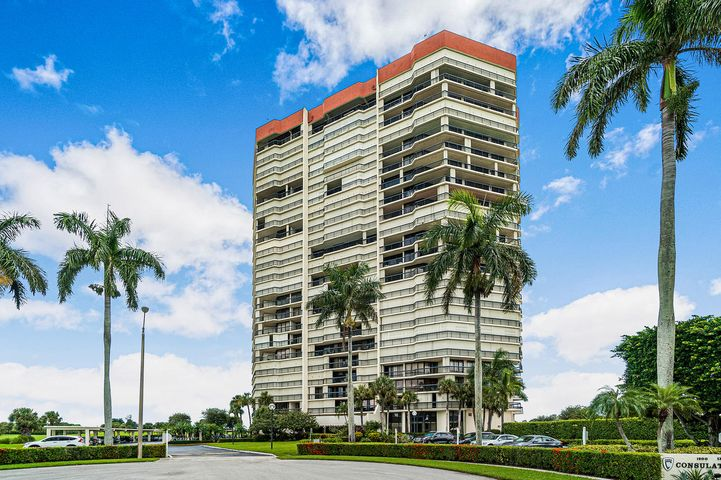1900 Consulate Place, 1004, West Palm Beach, FL 33401