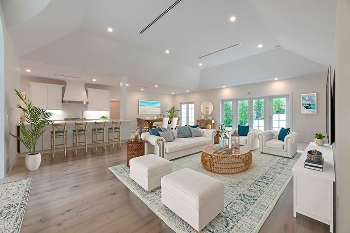 This completely remodeled and updated one story home is located on a quiet street. No detail has been overlooked. Close to the beach, bike trail and near clubs and all Palm Beach has to offer.