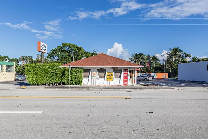 3400 S Dixie Highway, West Palm Beach, FL 33405