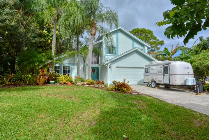 2727 NW Florida Avenue, Stuart, FL 34994
