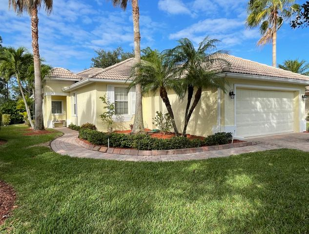 3706 NW Deer Oak Drive, Jensen Beach, FL 34957
