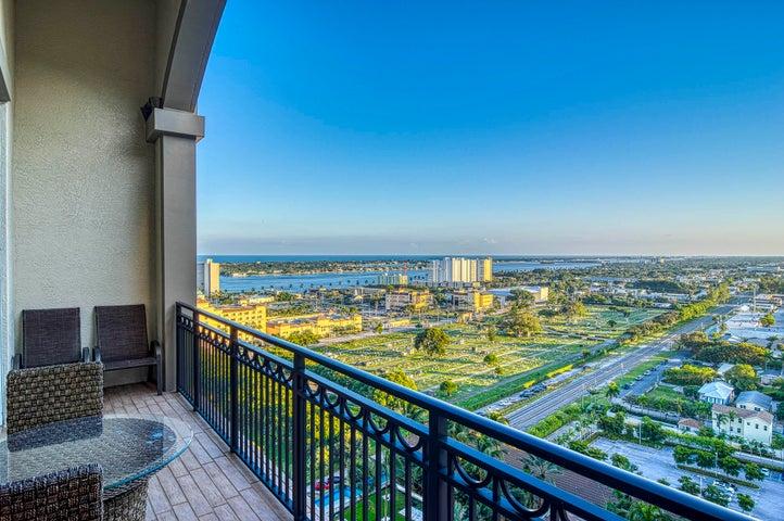 550 Okeechobee Boulevard, Uph-07, West Palm Beach, FL 33401