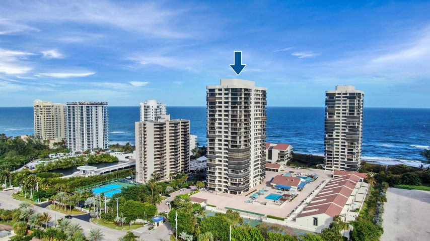 PRICED TO SELL FAST!! Where can you find an OCEANFRONT CONDO with this size for this price?  Partial Ocean View and open floor plan.   This building, Martinique II, has a manned gate, 24-hour security, concierge, 2 pools, Bocce Courts, gas grills, billiards, tennis courts, fitness center, onsite restaurant, library, and garage parking. This Gorgeous 3 bedroom 4 bathroom condo in Martinique II is priced for an end-user to come and put their personal final touches and/or renovations and still be under MARKET VALUE!!  Perfect RARE Opportunity!
