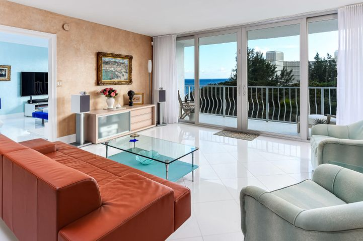 Unit 505 boasts an Ocean View to the East & the Iconic Tree-Line to the South: your privacy screen from other buildings also surrounds two Har Tru Tennis Courts. A Private Poolside Cabana & 1of 8 covered parking spaces are the Cherry-On-Top. 2774's multi year restoration secures its place among the most desirable on the Ocean Front Strip.