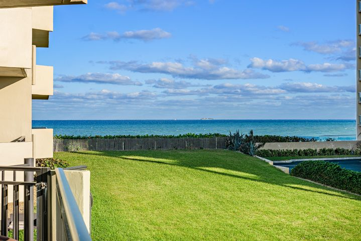 5460 N Ocean Drive, 1-C, Riviera Beach, FL 33404