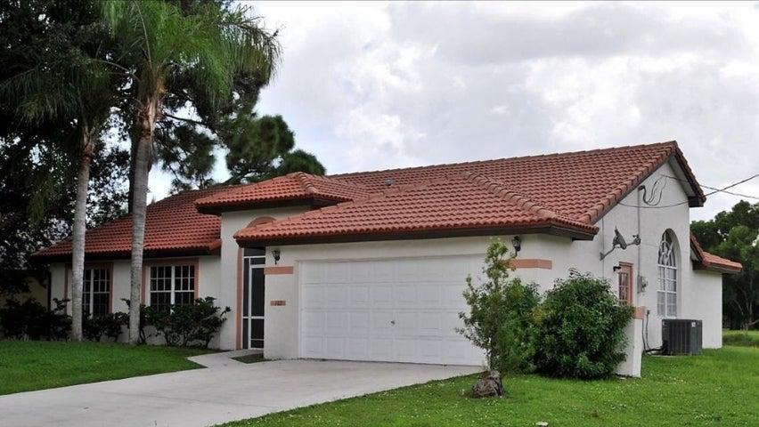 102 NE Twylite Terrace, Port Saint Lucie, FL 34983