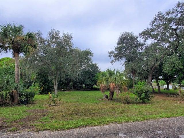 Tbd Iroquois Avenue, Fort Pierce, FL 34946