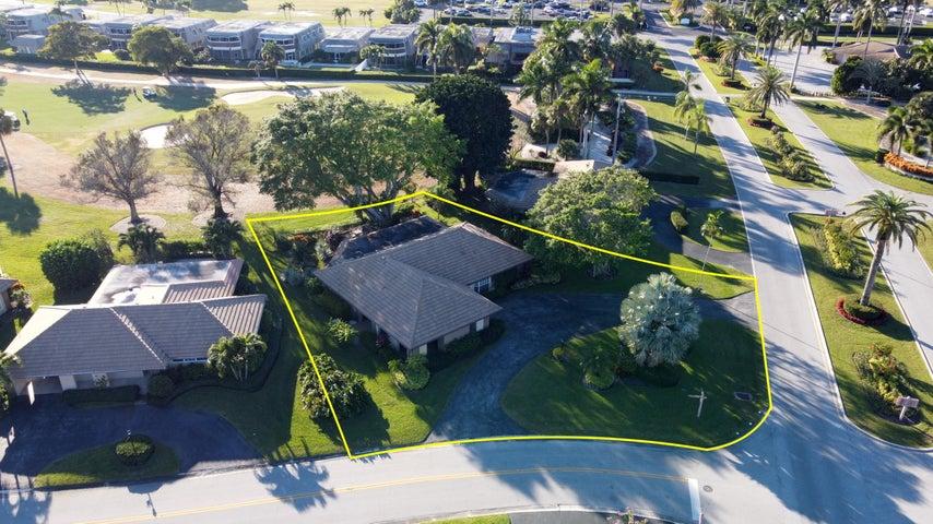133 Clubhouse Boulevard, Atlantis, FL 33462