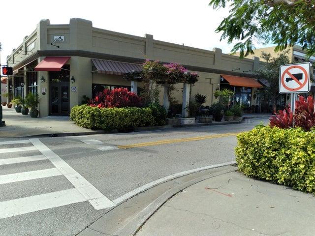 2409 N Dixie Hwy Highway, 402, 404 A & B, West Palm Beach, FL 33407