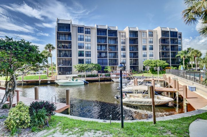 21 Royal Palm Way, 502, Boca Raton, FL 33432