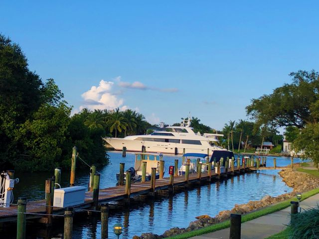 Available 4/1/2021 for 6-12 month rentals. Beautiful and comfortable 3 bedroom townhome directly on the intracoastal with day dock and gorgeous sunrise views. Less than 10 minutes from Juno beach by car or 15 by bike. Close to restaurants and bars. Bedroom 1: king bed, full private bath. Bedroom 2: double bed, full private bath. Bedroom 3: twin bed, full bath. Community boats marina-front pool & hot tub.