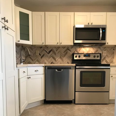 Shaker Cabinets, Chevron Backsplash