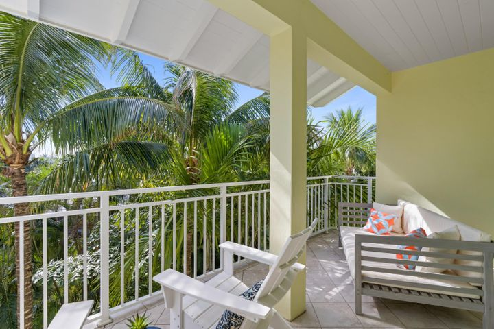 Rare Opportunity! Open House Sat & Sun Jan 23rd & 24th 1-3PM! Prestigious & eloquently designed Key West courtyard townhome...just steps to the sandy beach & a stroll to famous Atlantic Ave for the most delightful dining & shopping experience ever! Beautifully appointed ~4,000 sqft open floor plan w/ bright natural light, fully integrated smart home, 4 Beds, 3.5 Baths, 2-Car Garage, brand new custom saltwater/heated pool, newly designed lush tropical landscaping, high-end gourmet kitchen with wolf/sub-zero appliances, wine cooler, eat-in kitchen/large kitchen bar, hardwood/tile floors, gas fireplace, elevator, vaulted ceilings, skylight, custom moldings, upstairs bedrooms w/ private balconies, 3rd level amazing MBR suite with sitting room, his/her closets, Jacuzzi Tub, w/ private balcony. Rare Opportunity! Open House Sat & Sun Jan 23rd & 24th 1-3PM! Prestigious and eloquently designed Key West courtyard townhome...just steps to the sandy beach and a stroll to famous Atlantic Ave for the most delightful dining & shopping experience ever! Beautifully appointed ~4,000 sqft open floor plan with bright natural light, fully integrated smart home, 4 Beds, 3.5 Baths, 2-Car Garage, brand new custom saltwater/heated pool, newly designed lush tropical landscaping, high-end gourmet kitchen with wolf/sub-zero appliances, wine cooler, eat-in kitchen/large kitchen bar, hardwood/tile floors, gas fireplace, elevator, volume/vaulted ceilings, skylight, custom moldings, upstairs bedrooms open to private balconies, 3rd level amazing MBR suite with sitting room, his/her closets, Jacuzzi Tub, and private balcony.