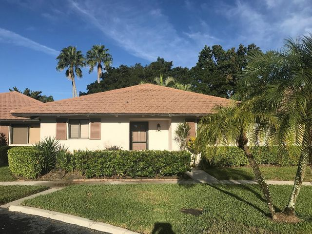 Remodeled to perfection!  Kitchen, baths, flooring, window treatments and furnishings are new and ready for move-in.  Secluded garden view. Community pool in complex and walking distance to hotel.  Close to all shopping, I-95 and the Florida turnpike.  Ready for off-season occupancy on July 1, 2021  AVAILABLE FOR SEASON 2022.