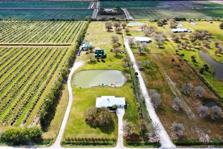 16101 Carlton Adams Road, Fort Pierce, FL 34945