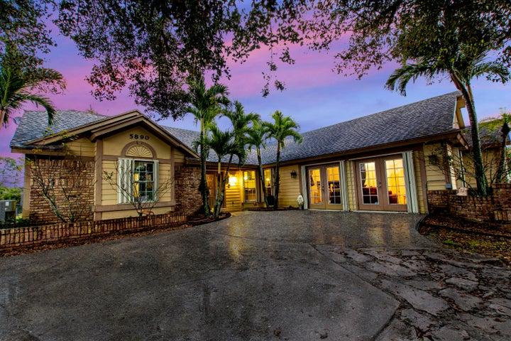 5890 Royal Palm Beach Boulevard, Royal Palm Beach, FL 33411
