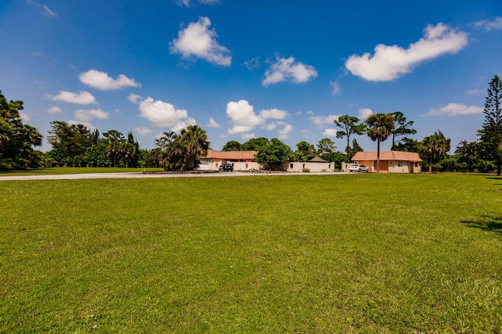 1284 Park Lane, West Palm Beach, FL 33417