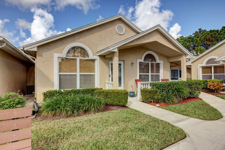 1147 NW Lombardy Drive, Port Saint Lucie, FL 34986