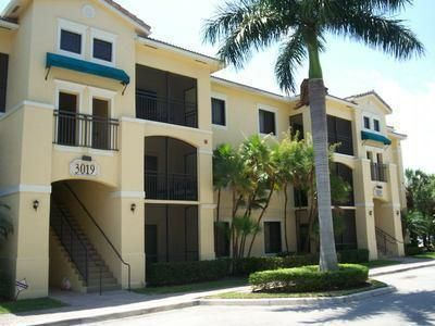 Cozy, adorable 1/1 in gated San Matera. Next to Clubhouse, pool and all amenities. Close all shopping, eateries, I-95 and beaches.  Good credit.
