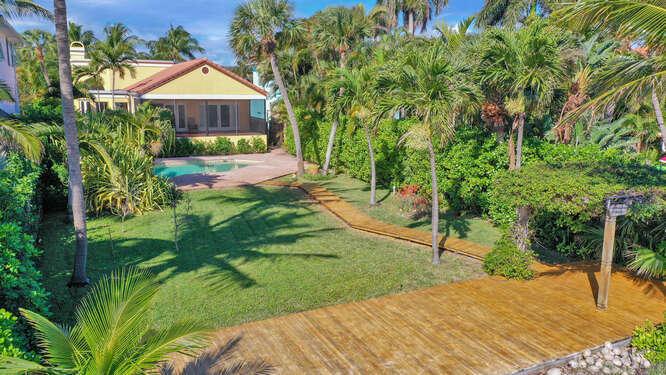 1724 N Lakeside Drive, Lake Worth Beach, FL 33460