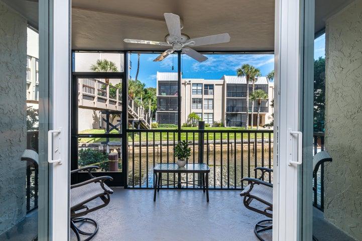 6 Royal Palm Way, 101, Boca Raton, FL 33432