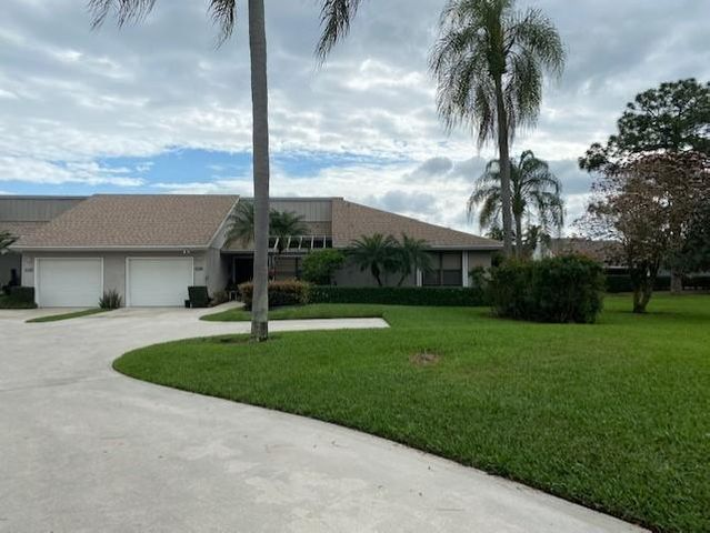 13312 Touchstone Place, West Palm Beach, FL 33418