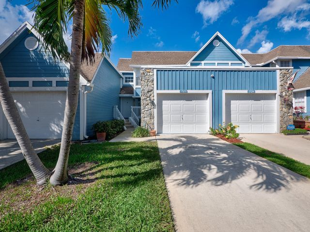 Walk to the beach from this 2/2.5 with 1 car garage town home located in Ocean Dunes!  Features include screened patio, wood floors throughout bedrooms, new A/C, and plantation shutters. Community features tennis, basketball, heated pool & 24/7 guarded gate. NOT in a flood zone. Prime Jupiter location walking distance to beaches, restaurants & shopping!