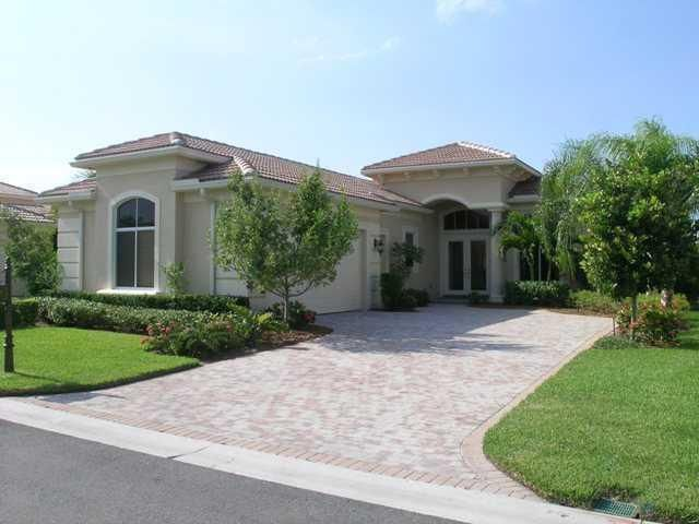 This home offers 3 bedrooms, 3.5 baths, and a den. Come and see all this home has to offer in the gorgeous community of Mirasol with a trasnferable Full Golf Membership. Offered seasonally, furnished at $12k a month for a minimum of 4 months or annually at $6,000 a month.