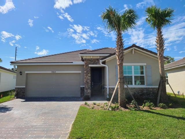 4464 NW King Court, Jensen Beach, FL 34957