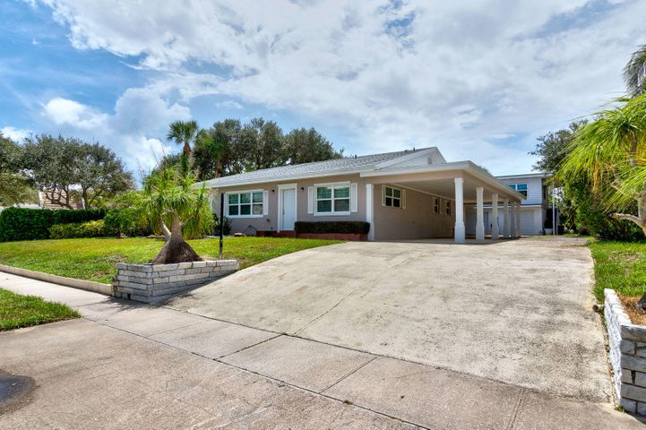 846 Banyan Road, Vero Beach, FL 32963