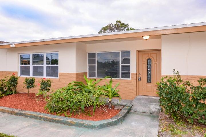 2301 Juanita Avenue, Fort Pierce, FL 34946