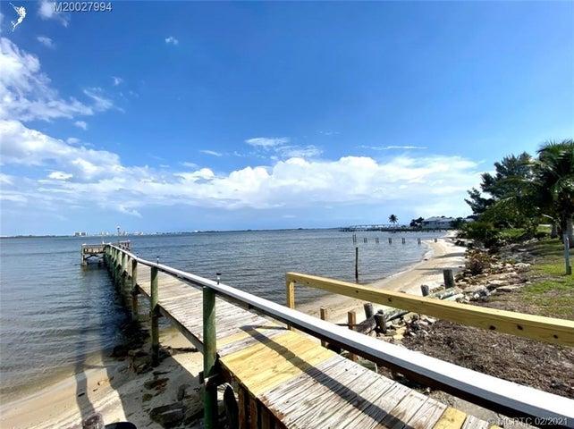 4768 NE Blue Heron Lane, Jensen Beach, FL 34957