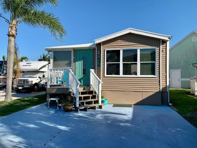 656 Nettles Boulevard, Jensen Beach, FL 34957