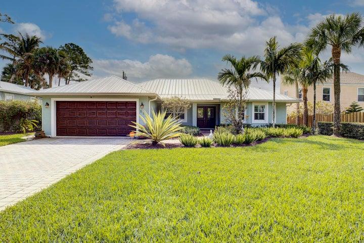 526 SW Rustic Circle, Stuart, FL 34994