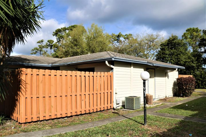 1850 My Place Lane, West Palm Beach, FL 33417