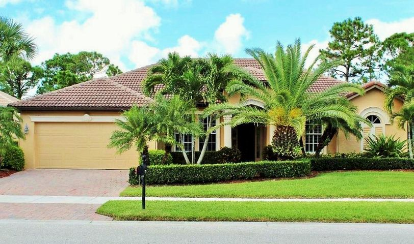 854 SW St Tropez Court, Port Saint Lucie, FL 34986