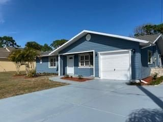 581 NW Selvitz Road, Port Saint Lucie, FL 34983