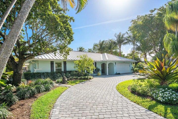902 Lake Shore Drive, Delray Beach, FL 33444