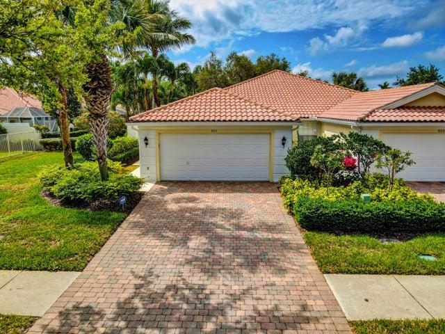851 Niemen Drive, Palm Beach Gardens, FL 33410