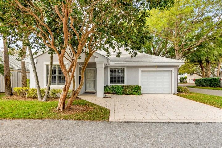1 Commanders Drive, Palm Beach Gardens, FL 33418