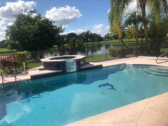 8611 Gullane Court, Palm Beach Gardens, FL 33412